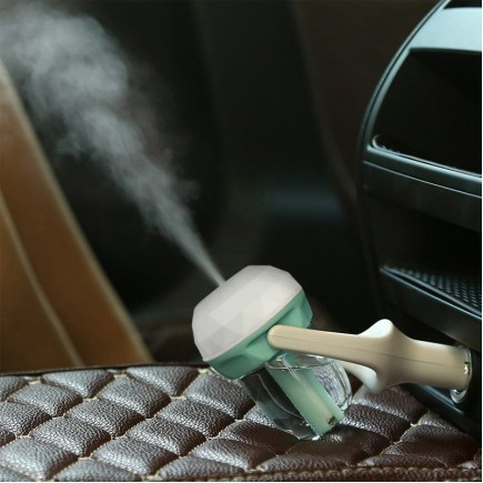 Car Air Humidifier and Aromatherapy Essential Oil Diffuser with USB Car Charger - Purple